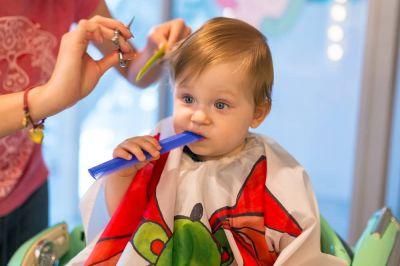 کوتاهی موی نوزاد در منزل