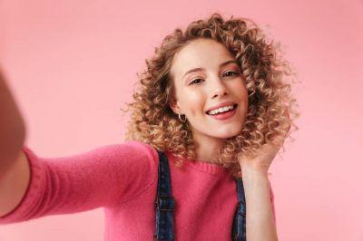 آنچه در مورد موی فر نگهداری و حالت دهی آن باید بدانیم