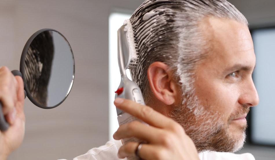طریقه تغییر رنگ مو های مردانه در منزل